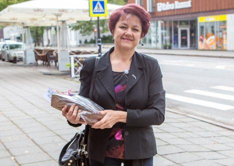 KAKS LEIBA: Koduleiva konkursile küpsetas Meeli Hints kaks leiba – traditsioonilise ja lihaleiva. MAANUS MASING