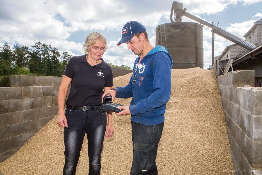 Järjest efektiivsemaks muutunud Saaremaa piimatootjatest ei taha kuidagi maha jääda ka meie teraviljakasvatajad, kes selgi aastal koristasid korralikke saake ja püstitasid uusi saagirekordeid. Kõige eredama tulemusega paistis silma Valjala talunik […]