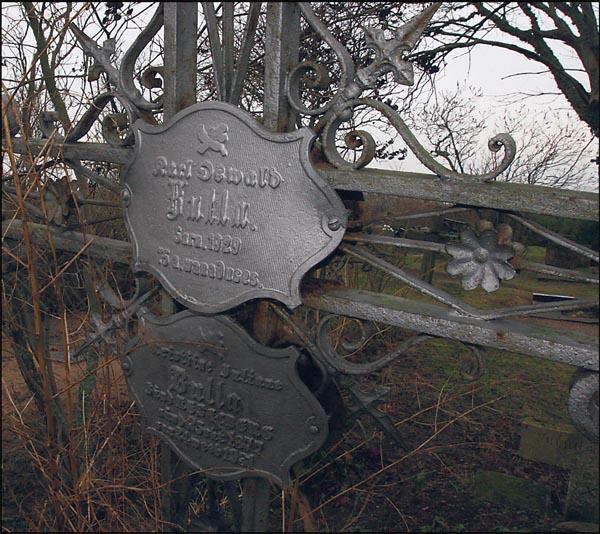 Karl Bulla nimelise ajaloolise fotograafia fondi esindajad on järgmisel kuul tulemas Saaremaale, et restaureerida Jämaja surnuaias Karl Bulla kalmul asuv mälestuskivi. Samuti on neil soov paigaldada Iidel õukonnafotograaf Bulla endise […]
