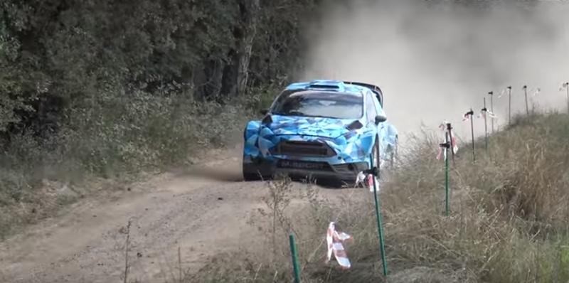 Ott Tänak testis Postimehe andmeil koos kaardilugeja Raigo Mõlderiga Hispaanias järgmise aasta Ford Fiesta WRC masinat.Video üleslaadija sõnul esines testide käigus mitmeid probleeme. Video: Jaume Soler