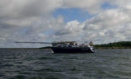 Pühapäeval sattusid Elda poolsaare tipus paadisõitu teinud puhkajad meeskonnata jahile, mis oli Saaremaa randa triivinud Leedu lähistelt. Alust märgati pühapäeval lõuna paiku ja sellest anti teada merevalvekeskusse. Tegu oli Poola […]