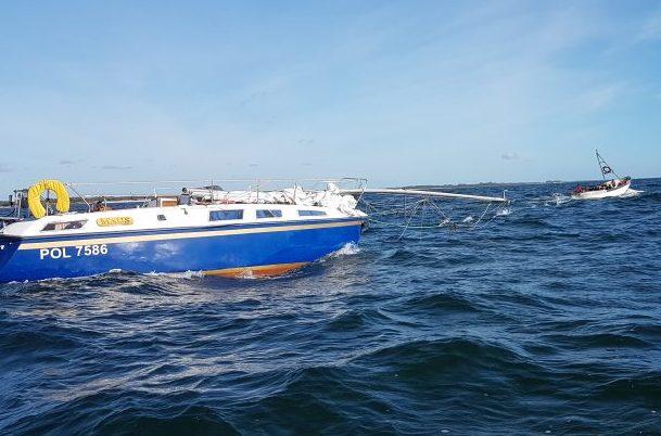 Septembris silmasid saarlased Elda poolsaare tipus meeskonnata jahti, mis oli Saaremaa randa triivinud Leedu lähistelt. Kuna laev oli suuna siiapoole võtnud, siis siia ta poolakast omaniku otsusel jääbki. Tegu oli […]
