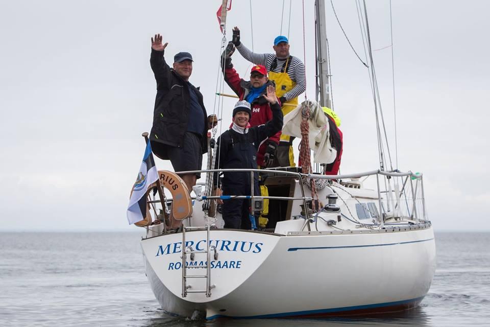 Saaremaa merispordi seltsi (SMS) jahid võtsid Eesti jahtklubide liidu avamerepurjetamise Eesti karika 2016 ESTLYS arvestuses esimesed viis kohta. Esimeseks tuli jaht Mercurius. Kuigi etappe on karikasarjas lausa 24, arvestatakse lõppkokkuvõttes […]