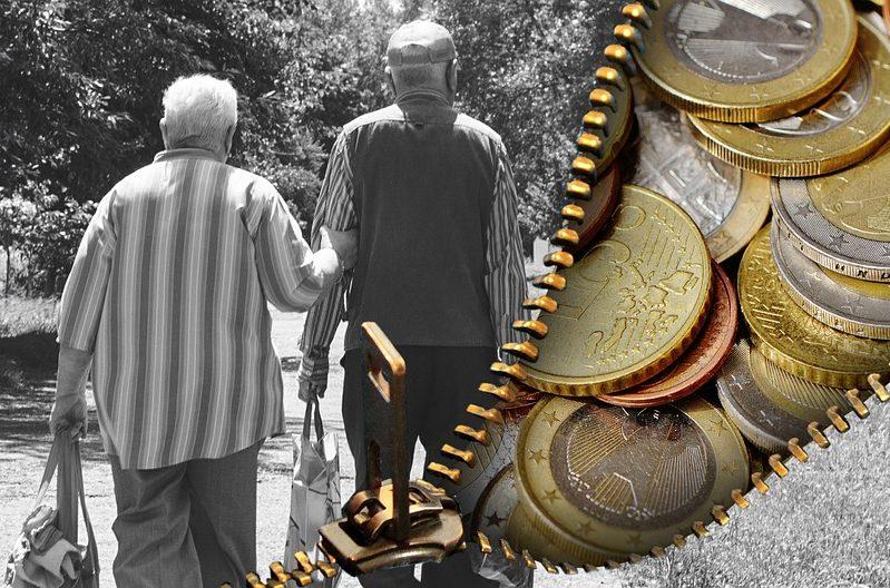 """Riigikogu ees kolmapäeval järgmise aasta eelarvet tutvustanud rahandusminister Sven Sester kinnitas, et järgmine aasta kergitab keskmise vanaduspensioni 416 euroni. """"Pensionid kasvavad koos palkadega. Pensionideks on eelarves ette nähtud kokku 1,67 […]"""
