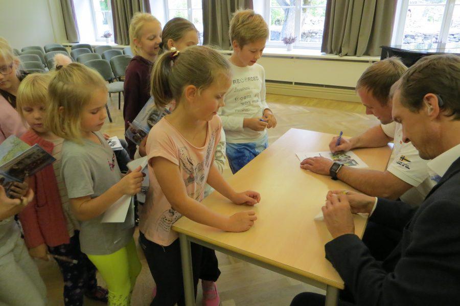 Olümpiasangarid Jüri Jaanson ja Andrei Jämsä külastasid 23. septembril Lümanda põhikooli. Jüri Jaanson on tõeline Eestimaa spordilegend – osalenud 20 aastat tippspordis, kuutel olümpiamängudel, võitnud medaleid Euroopa ja maailma meistrivõistlustelt. […]