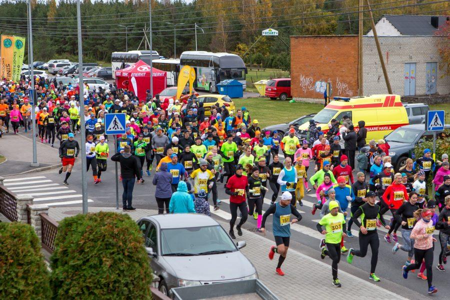 Eile anti start 43. Saaremaa Kolme Päeva Jooksule, kus tänavu on rajal üle 800 noore ja vana jooksusõbra. See on juba Eesti jooksuhooaja traditsiooniliseks lõpuürituseks kujunenud võistluse rekord. Eilsele linnas […]