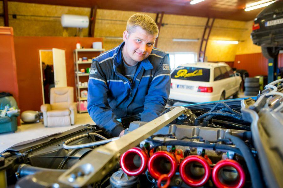 EMV4-klassis saab Saaremaa rallil kaasa elada Karl Jalakale ja Rando Targale (BMW Compact), kelle auto kannab numbrit 67. Kui mullu lõhkusid noored uljurid auto juba testisõidul ja ehitasid kahe päevaga […]