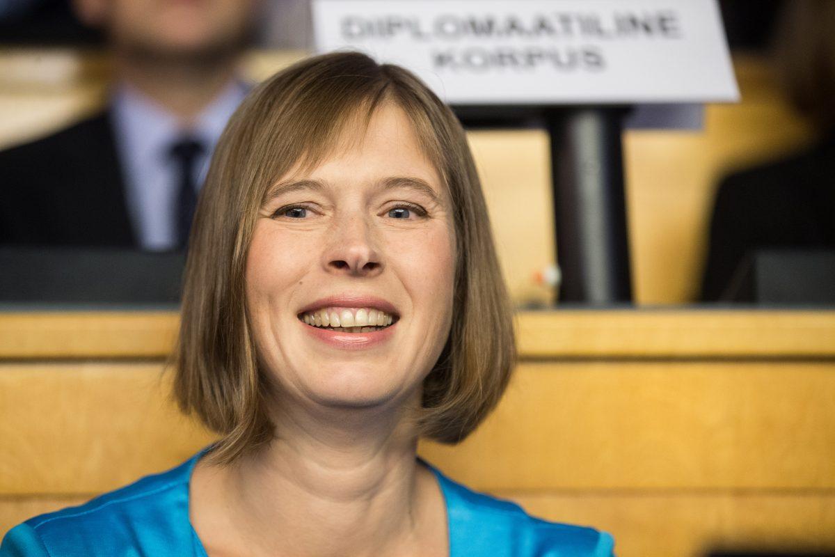 Riigikogu valis eile Kersti Kaljulaidi 81 poolthäälega Eesti uueks riigipeaks. Ristiga märgistamata sedeleid oli 17. Valituks osutumiseks oli kandidaadil vaja koguda vähemalt 2/3 koosseisu ehk 68 saadiku toetus. Presidenti valis […]