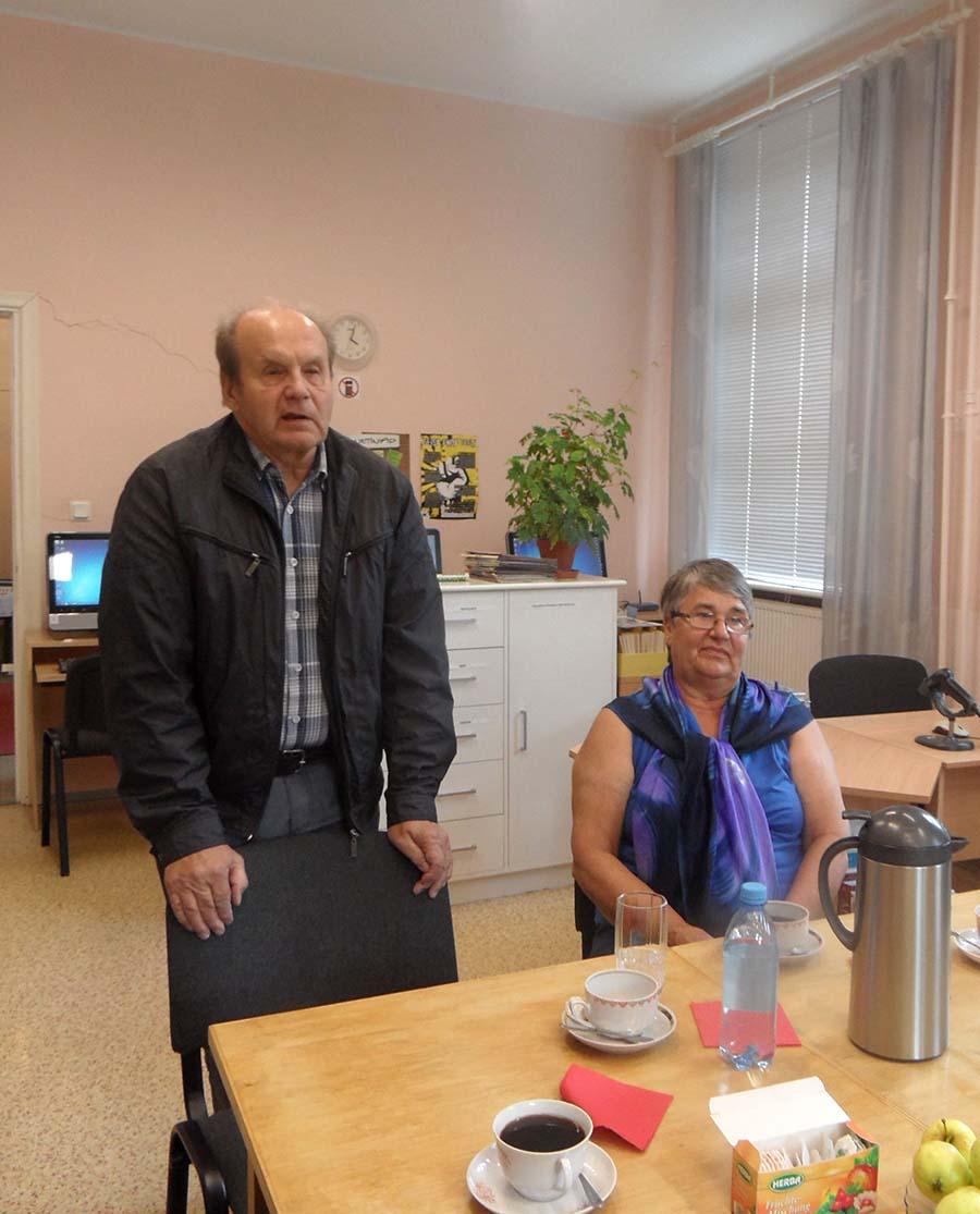 Orissaare kirjandussõpradel aitas merekultuuriaastat tähistada Eesti Meremuuseumi teadur Vello Mäss koos abikaasa Taimiga. Foto: EHA TRUMM