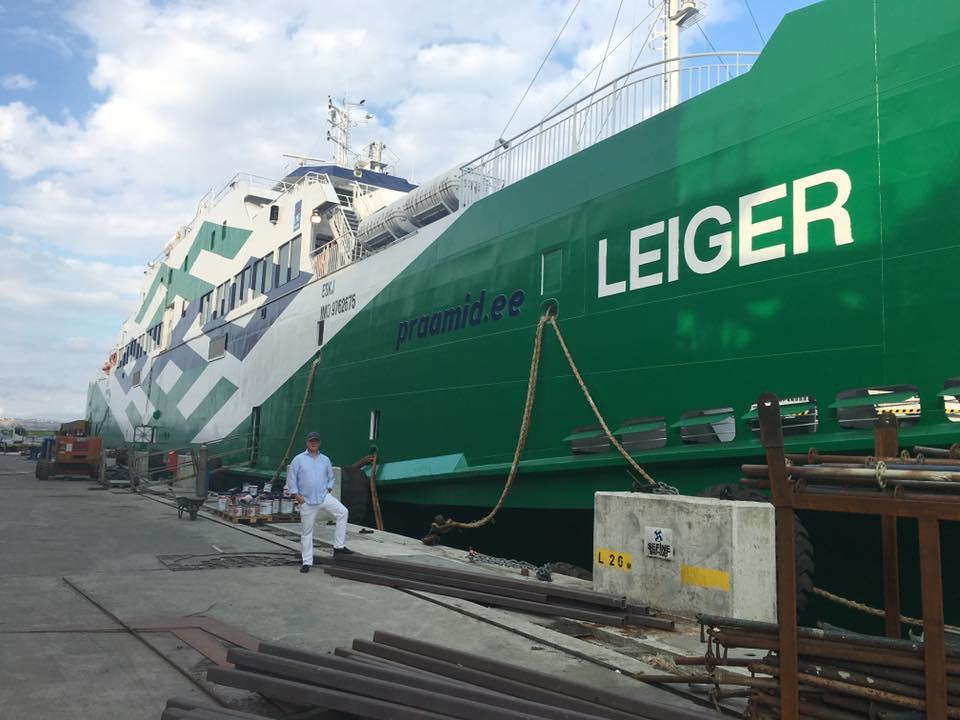 Ärimees Tullio Liblik avaldas Facebookis fotod Sefine laevatehasest Türgis Yalovas, kus valmivad parvlaevad Leiger ja Tiiu. Uusi parvlaevu tutvustasid Liblikule Sefine laevatehase juhatuse liige Alp Gülan ja projekteerija Metehan Yükselen. […]