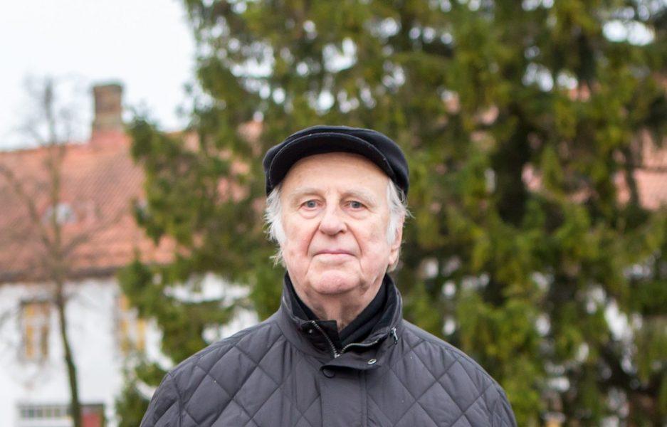 Lõppeva aasta jaanikuus 80-aastaseks saanud vitaalse kuressaarlase Juuno Jalaka iseloomustamiseks on Eesti maleliidu juhid öelnud, et ta on Saaremaa maleelu hing, kes korraldab väsimatult maleturniire ja õpetab noori malehuvilisi. Malemängu […]