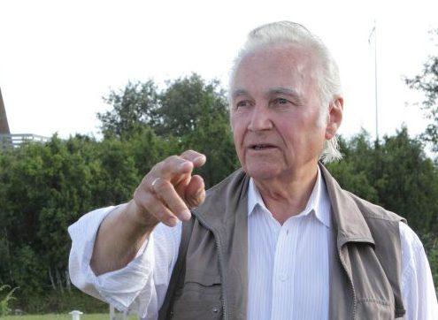 Eesti Ekspress avaldas eile artikli president Arnold Rüütli kinnisvaraga seotud muredest. Nimelt otsib Rüütel võimalusi oma mälestuse jäädvustamiseks praeguses elukohas. Seepärast peaks president Nõmmel asuva maja ära ostma. Ekspress kirjutab, […]