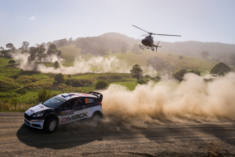 Austraalias alustati autoralli MM-sarja viimast etappi ning teise päeva ehk 18 kiiruskatse järel hoiab esikohta Volkswageni meeskonda kuuluv Andreas Mikkelsen. Saarlased Ott Tänak ja Raigo Mõlder (DMACK, Ford Fiesta) kihutavad […]