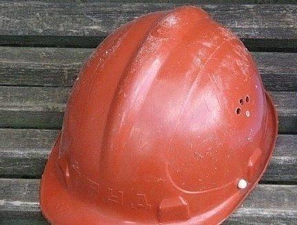 """Saarte Hääle neljapäevases """"Päevapildi"""" rubriigis ilmunud tööohutusnõuete rikkumisele vihjava lugejafoto põhjal alustas tööinspektsioon samal päeval järelevalvemenetlust ja kontrollis ette teatamata Kärla rahvamaja ehitusplatsi. Tööinspektsiooni inspektor Rein Nelis tuvastas, et neljapäeval […]"""