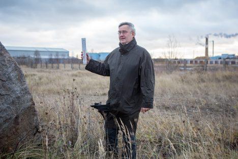 KÕNEKAS KINK: 2010. a kinkis Margus Mölder Kuressaare turismiinfopunkti uuendamise järgselt asjaosalistele ühe termomeetri. Selleks, et nad ikka õigeid linna temperatuure teaksid. Nüüd on Möldril põhjust olla termomeetriga sealkandis, kuhu kevadel peakski uus ilmapunkt tekkima. MAANUS MASING