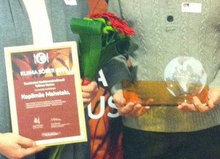 """Konverentsil """"Toit ja kliimamuutus"""" kuulutas Stockholmi keskkonnainstituudi Tallinna keskus eile välja kliimasõbralikud ettevõtted, kelle tegevus aitab kliimat kaitsta ja kliimamuutusega kohaneda. Auhinna """"Kliima sõber 2016"""" pälvis Rimi Eesti ja toidupanga […]"""