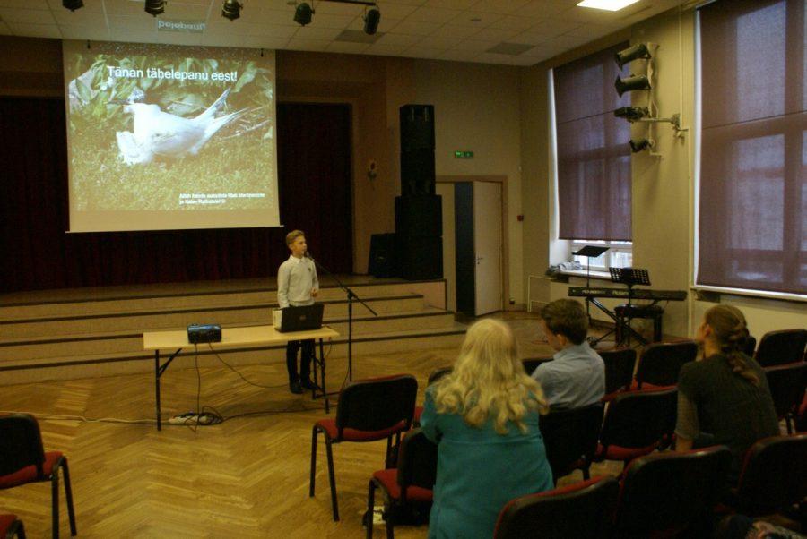 """10. miniteaduspäevade kolmest laureaaditiitlist kaks jäi Saaremaa ühisgümnaasiumisse. Laureaadiks sai Martin Vesberg Saaremaa ühisgümnaasiumist, kes tegi töö """"Tutt-tiir: bioloogia, arvukus ja levik Saaremaal"""" (juhendajad Inge Vahter ja Mati Martinson). Samuti […]"""