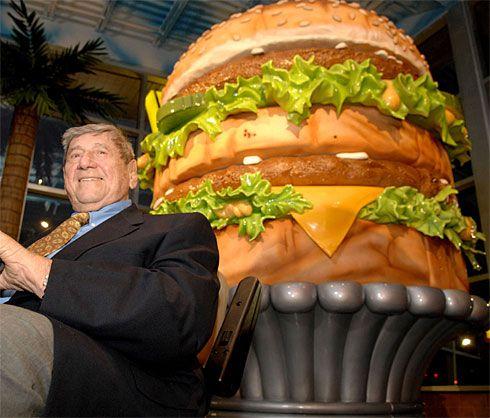 Novembri lõpus suri 98 aasta vanuses McDonald'si ketis müüdava kuulsa hamburgeri Big Mac looja Jim Delligatti (fotol). Just tema idee oli luua kahest pihvist ja saiast koosnev roog, mille kiirtoidurestoranide […]