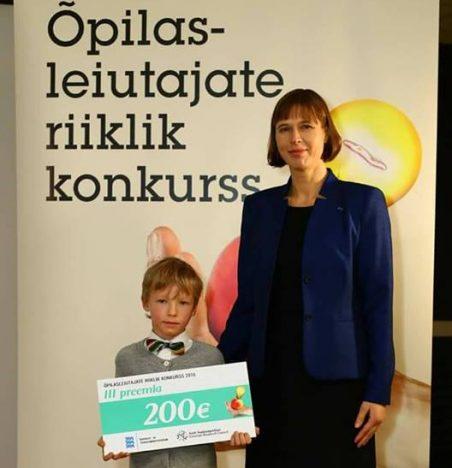 PRESIDENDIGA: Noor leiutaja Tõnis Reitalu koos president Kersti Kaljulaidiga.  AAVO KAINE