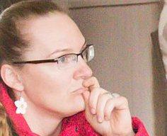 """Pärast nelja-aastase ametiaja lõppu otsustas Kuressaare gümnaasiumi senine hoolekogu esimees Terje Nepper enam mitte kandideerida. Uueks esimeheks valiti aktiivne hoolekogu liige Maris Rebel. """"Minu suurim ülesanne oli KG hoolekogu töö […]"""
